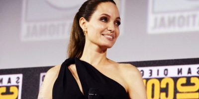 angelina jolie comic con